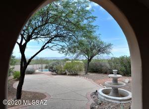 611 E Deone Lane, Tucson, AZ 85704