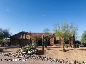 6364 N Camino Padre Isidoro, Tucson, AZ 85718