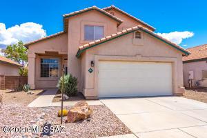 8864 N Willeta Drive, Tucson, AZ 85743