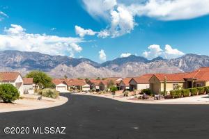 883 E Grass Meadow Place, Oro Valley, AZ 85755