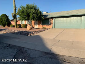 6610 N Morning Glory Drive, Tucson, AZ 85741