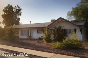 6241 E 34Th Street, Tucson, AZ 85711