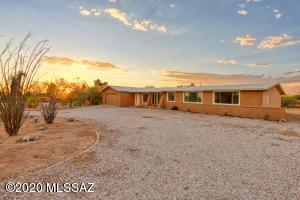 210 W Meadowbrook Drive, Tucson, AZ 85704