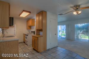1765 S Jones Boulevard, P-4, Tucson, AZ 85713