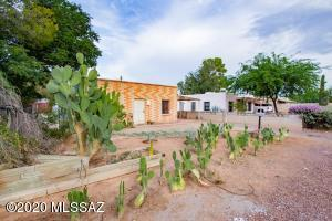 2620 N Forgeus Avenue, Tucson, AZ 85716