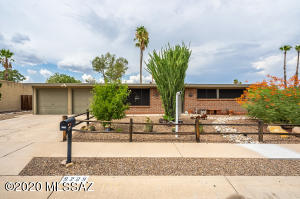 9209 E Calle Kuehn, Tucson, AZ 85715