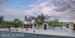7581 N Calle Sin Controversia, Tucson, AZ 85718