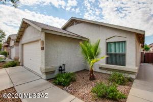2471 W Rau River Road, Tucson, AZ 85705