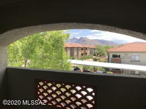 5751 N Kolb Road, 20202, Tucson, AZ 85750