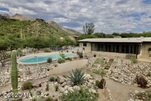 3678 E Esperero Canyon Place, Tucson, AZ 85718