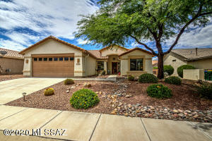 1760 E Redstart Road, Green Valley, AZ 85614