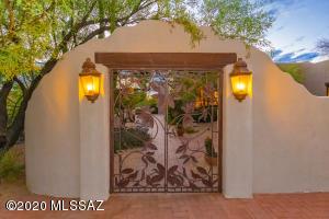 7281 N Avenida De Lisa, Tucson, AZ 85704