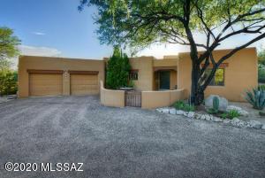 5721 N Moccasin Trail, Tucson, AZ 85750