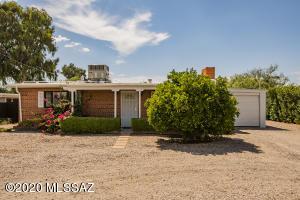 2861 N Swan Road, Tucson, AZ 85712