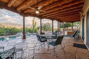 2954 N Fennimore Avenue, Tucson, AZ 85749