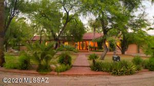 95 E Calle Primorosa, Tucson, AZ 85716