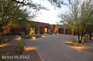 12212 N Cloud Ridge Drive, Oro Valley, AZ 85755