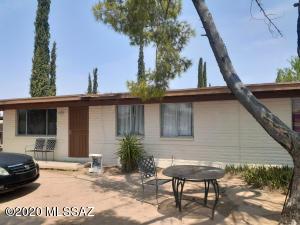 7231 E Pomegranate Street, Tucson, AZ 85730