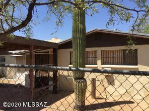 6451 N Sandario Road, Tucson, AZ 85743