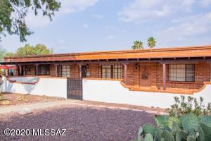 345 S La Cañada Drive, B, Green Valley, AZ 85614