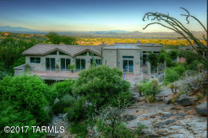 REAR OF HOUSE FACING YOUR OWN PRIVATE CANYON
