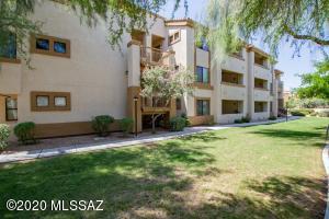 2550 E River Road, 7305, Tucson, AZ 85718