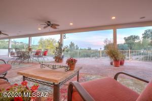 6032 N Camino Arizpe, Tucson, AZ 85718