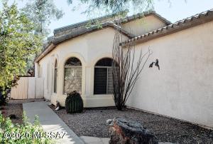 404 E Camino Rancho Cielo, Sahuarita, AZ 85629