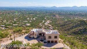 6941 N Finger Rock Place, Tucson, AZ 85718