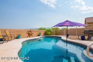 11435 E Dry Wind Drive, Tucson, AZ 85747