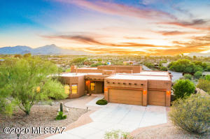 5485 N Desert Wood Place, Tucson, AZ 85745