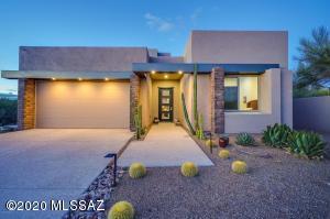 13117 N La Cañada Drive, Oro Valley, AZ 85755