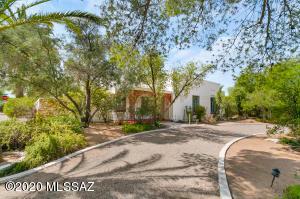 4114 E Calle el Centro, Tucson, AZ 85711