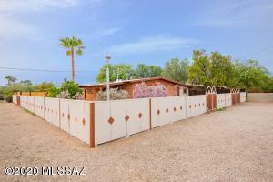 1207 N Sonoita Avenue, Tucson, AZ 85712