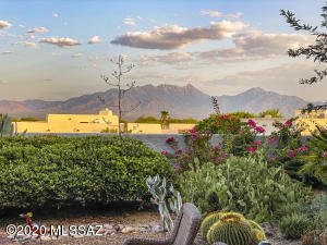 1157 W Placita Refinada, Green Valley, AZ 85614
