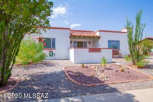 640 S Abrego Drive, Green Valley, AZ 85614