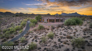 5590 W Tucson Mountain Place, Tucson, AZ 85743
