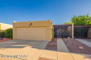 9866 E 1st Street, Tucson, AZ 85748