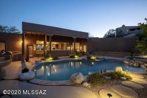 6270 N Paseo Valdear, Tucson, AZ 85750