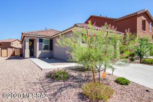 9565 S Miller Flats Drive, Tucson, AZ 85747