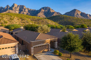 2296 E Stone Stable Drive, Oro Valley, AZ 85737