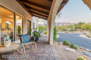 4955 N Vía Condesa, Tucson, AZ 85718