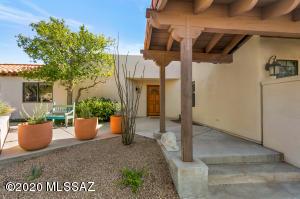 4010 E Bright Star Lane, Tucson, AZ 85718