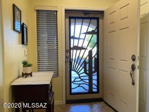 2271 S Pecan Vista Drive, Green Valley, AZ 85614