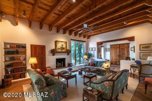 3200 N San Remo Place, Tucson, AZ 85715