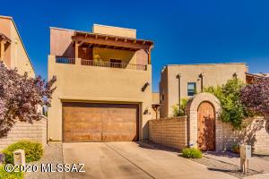 453 E Croydon Park Road, Tucson, AZ 85704