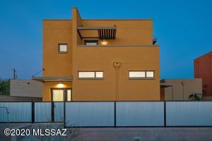 614 S Mordasini Place, Tucson, AZ 85701
