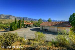 15525 N Lago Del Oro Parkway, Tucson, AZ 85739