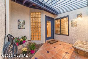 5227 N 1st Avenue, Tucson, AZ 85718