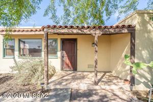 919 E Navajo Road, Tucson, AZ 85719